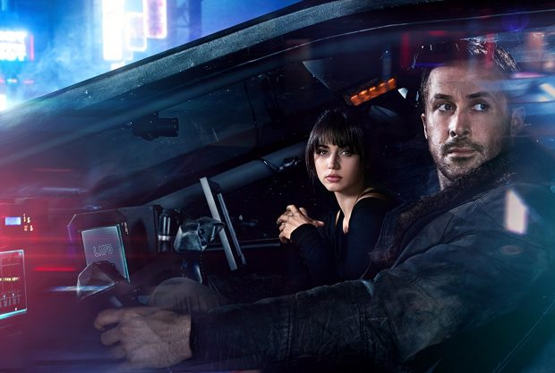 Ana de Armas, left, and Ryan Gosling
