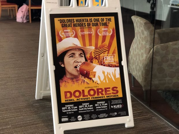 """""""Dolores"""" sign"""