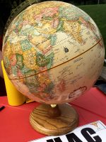 SHAC table with globe