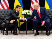 Donald Trump shakes hands with Volodymyr Zalensky