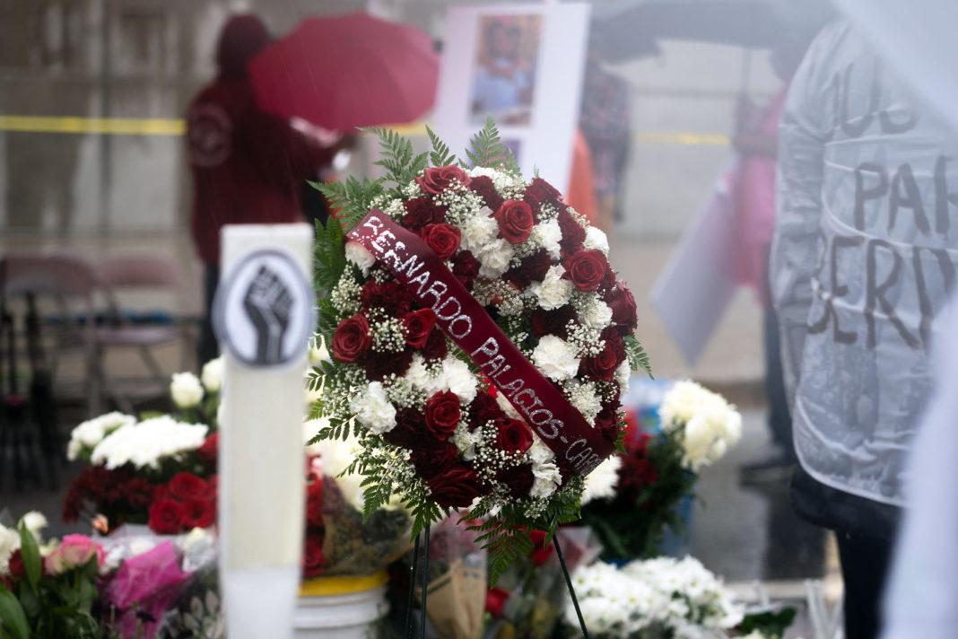 Flower wreath for Bernardo Palacios Carbajal