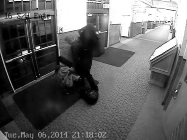 Theft suspect on camera, pic 3 of 3