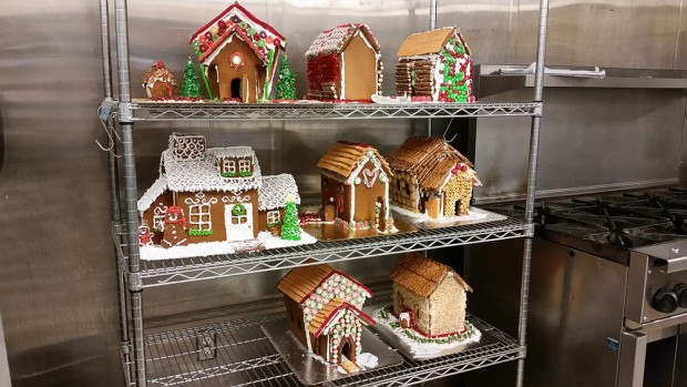 Gingerbread houses on kitchen rack