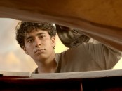 Suraj Sharma as Pi Patel