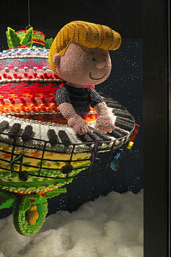 art macys candy window display grodriguez 13
