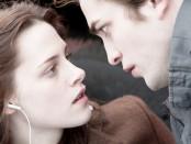 "Kristen Stewart, left, and Robert Pattinson in a scene from ""Twilight"""