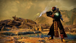 A Screen shot from Destiny showing a  Warlock preparing his weapon.