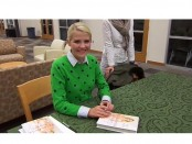 American activist Elizabeth Smart spoke last Tuesday, Oct. 15 at the Salt Lake Community College's Grand Theater. She also had a book signing section of her memoir entitled My Story.