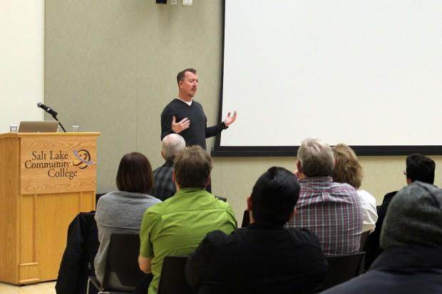 Glenn Kiser speaks to the audience