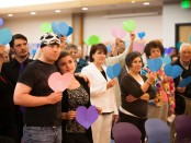 "Paper hearts to support ""Israel loves Iran"" campaign"