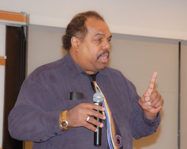 Daryl Davis Speaks to SLCC students