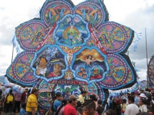 An image of a Guatemalan Dia de los Muertos kite