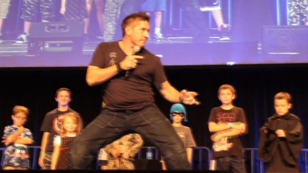 Ray Park gave some of the children in attendance a quick lesson in cool posing to close out the event.