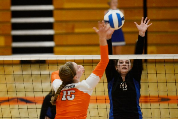 Hannah Wade goes for a block as SLCC melts Snow College.