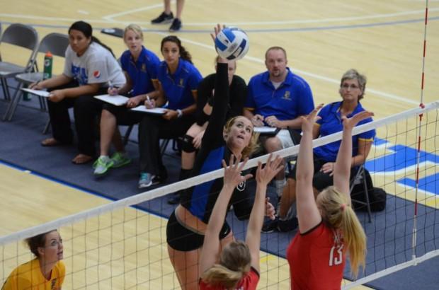 spo-adria-bruins-volleyball-dhubert