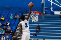De'Sean Parsons dunks over the USU-Eastern defense