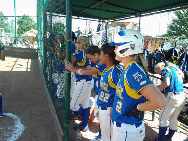 SLCC softball team at Nationals