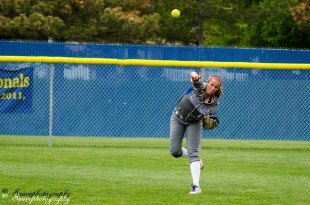 Raeana Gall throws