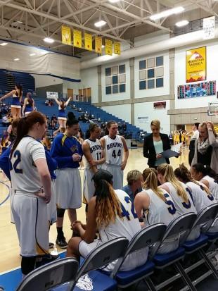 SLCC women's basketball team huddle