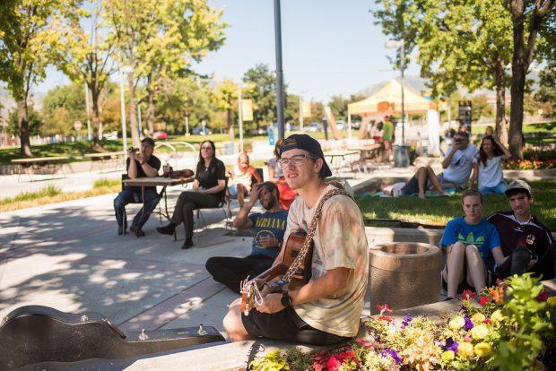 Bearfoot Fest audience