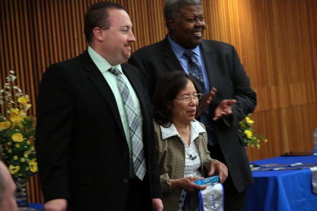 Jirapat Sakkaphun receives award
