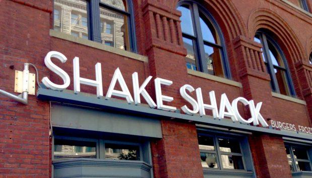 Shake Shack sign