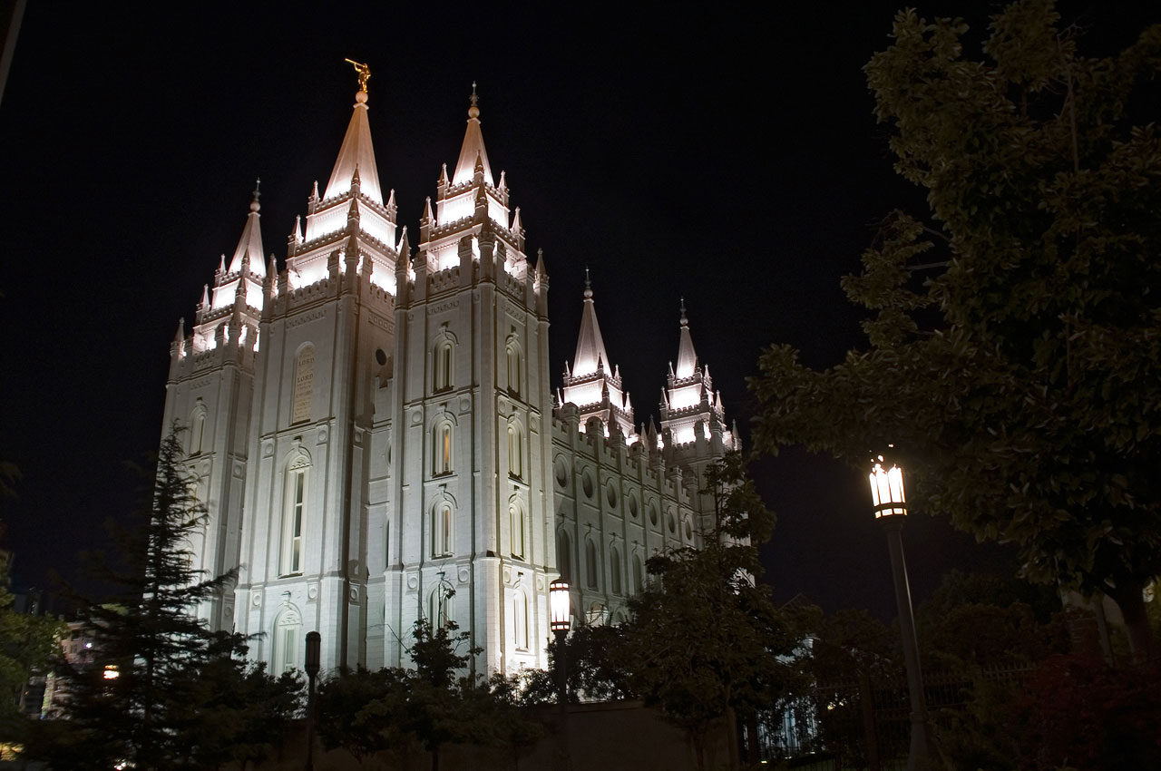 Salt Lake Temple, night scene