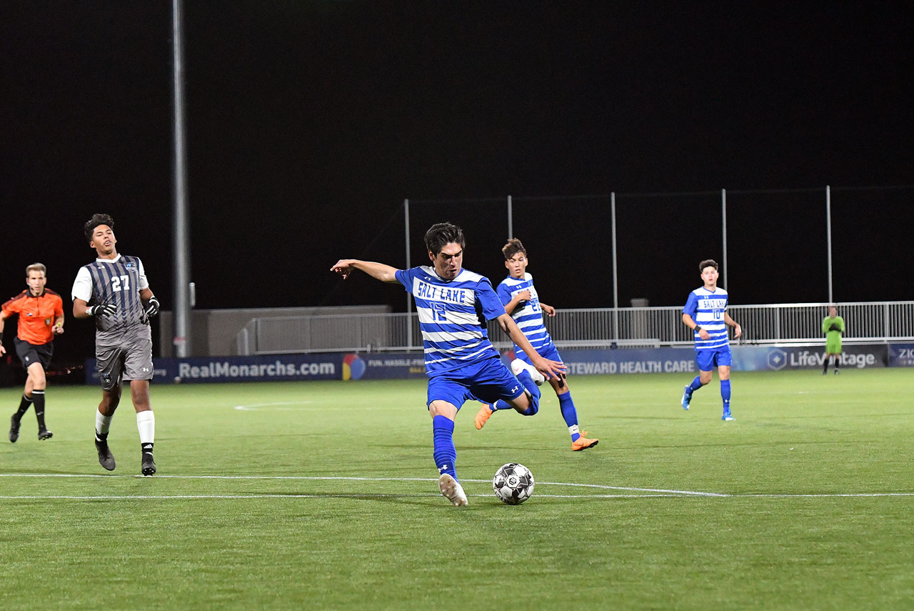 Esteban Celis winds up to kick