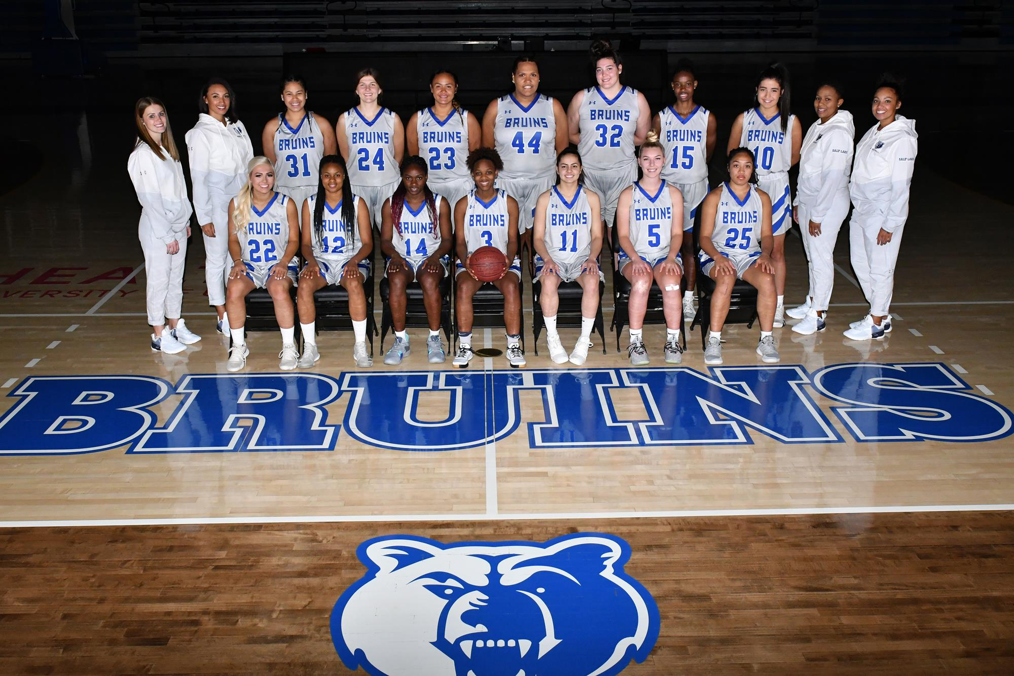 2019-20 women's basketball team photo