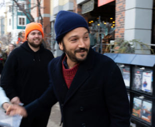 Diego Luna turns around