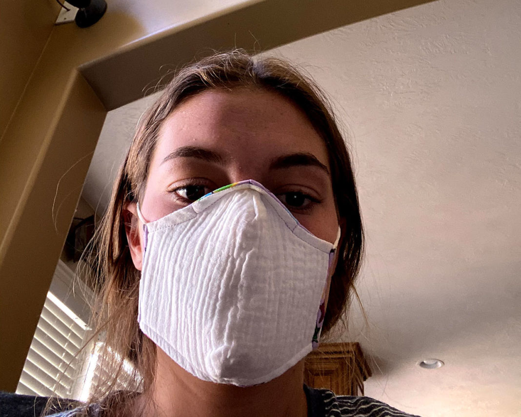 Brynnlee Taylor shares a mask selfie
