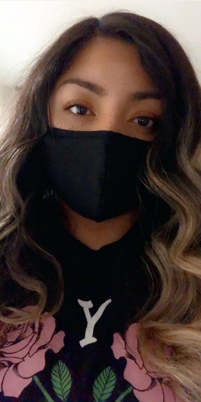 Cynthia Gomez shares a mask selfie