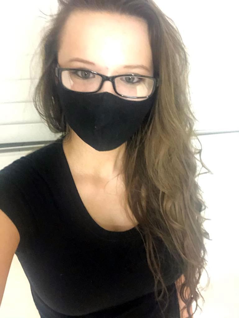 Laura Fuller shares a mask selfie