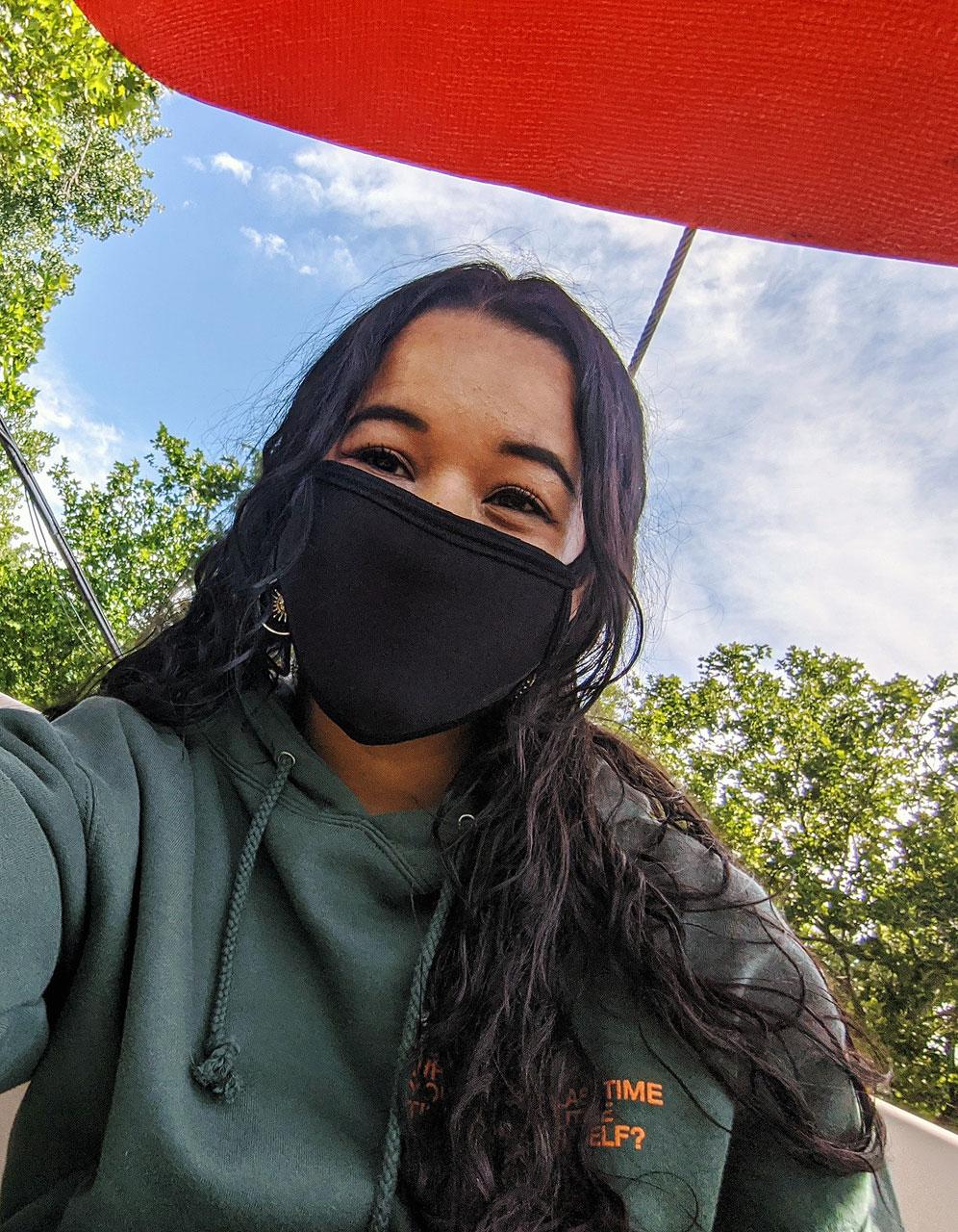 Maria Garrard shares a mask selfie