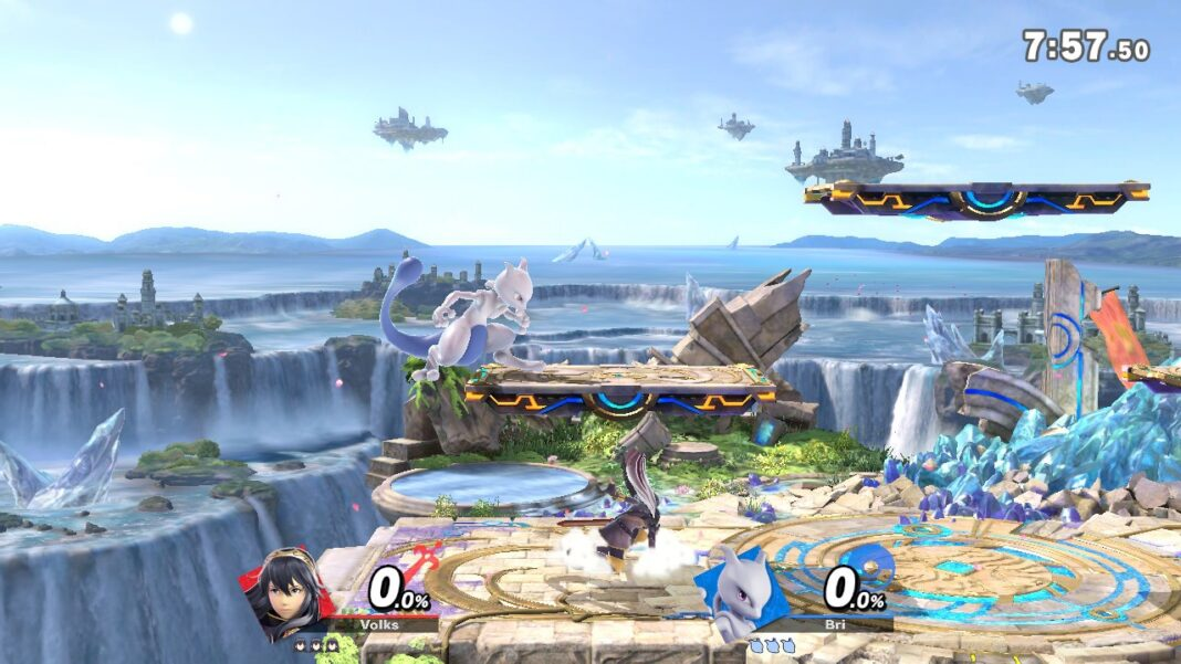 "Lucina battles MewTwo in ""Super Smash Bros. Ultimate"""