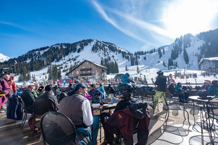 Patrons enjoy sunshine in Alta