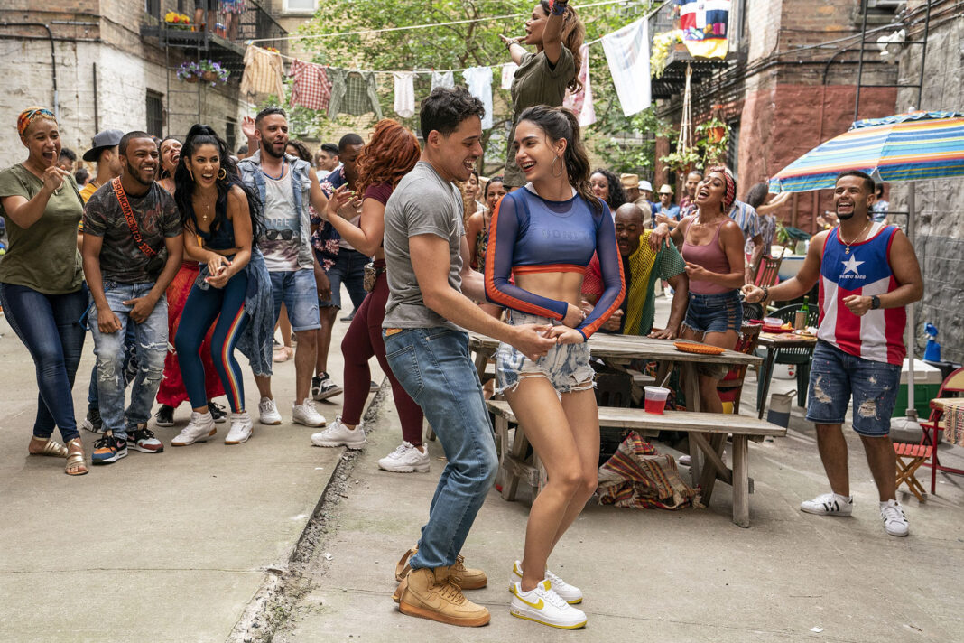 Keomi Key, Melissa Barrera, and Anthony Ramos in In the Heights (2021)