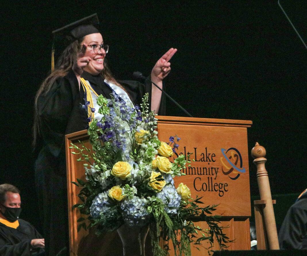 Lindsay Simons at the podium