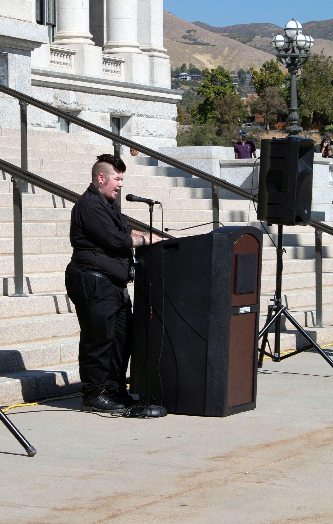 Ash Schade at podium