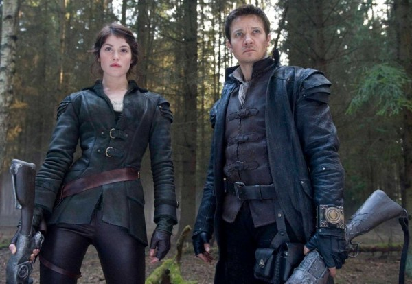 Gemma Arterton and Jeremy Renner have mastered the casual-deadly pose for 'Hansel and Gretel: Witch Hunters.'