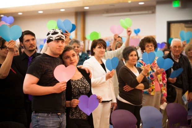 """Paper hearts to support """"Israel loves Iran"""" campaign"""