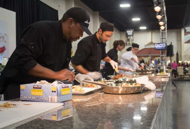 SLCC culinary students cooking