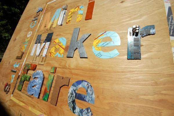 Mini Maker Faire sign