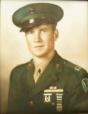 Don Weiler Bennion in uniform